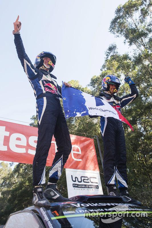 Winnaars en wereldkampioenen WRC 2015 Sébastien Ogier en Julien Ingrassia, Volkswagen Polo WRC, Volkswagen Motorsport