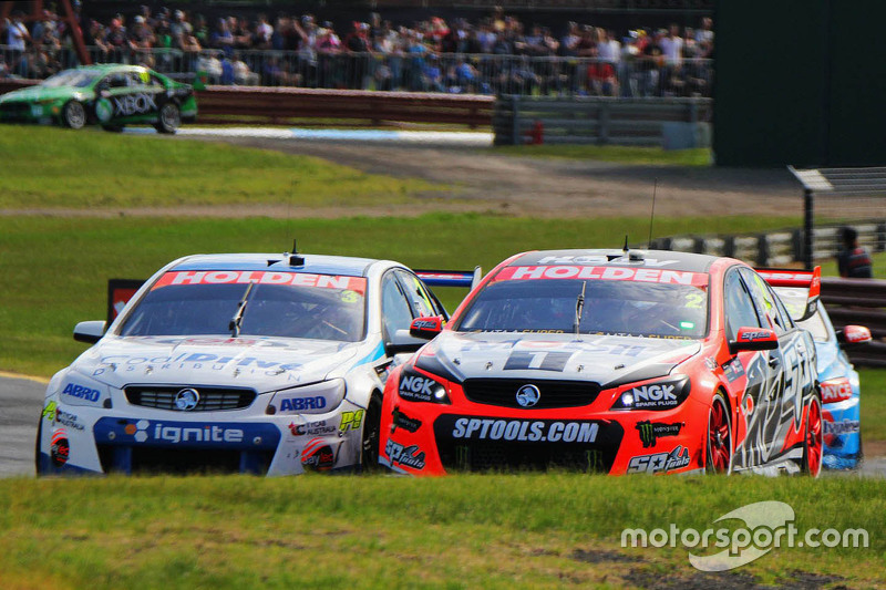 Garth Tander und Warren Luff, Holden Racing Team; Tim Blanchard und Karl Reindler, Lucas Dumbrell Mo