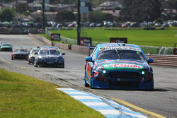 Chaz Mostert y Cameron Waters, Prodrive Racing Australia Ford
