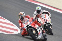 Michele Pirro, Ducati Team, et Danilo Petrucci, Pramac Racing Ducati