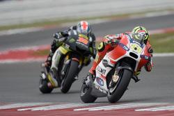 Andrea Iannone, Ducati Team e Bradley Smith, Tech 3 Yamaha