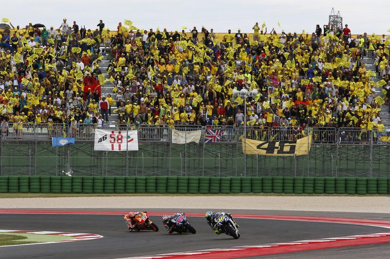 Valentino Rossi und Jorge Lorenzo, Yamaha Factory Racing; Marc Marquez, Repsol Honda Team