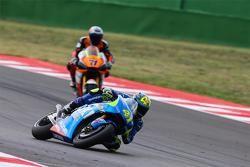 Aleix Espargaro, Team Suzuki MotoGP e Claudio Corti, Forward Racing Yamaha