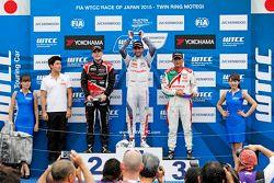 Podium: Jose Maria Lopez, Citroën C-Elysée WTCC, Citroën World Touring Car team, Norbert Michelisz,