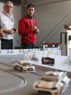 نماذج سيارة آودي البلاستيكية