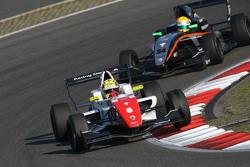 Ben Barnicoat, Fortec Motorsports et Jehan Daruvala, Fortec Motorsports