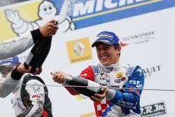 Podium : Ben Barnicoat, Fortec Motorsports, vainqueur de la course