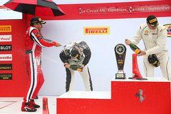 Trofeo Pirelli Am podio: Ganador # 8 Ferrari de Fort. Lauderdale Ferrari 458