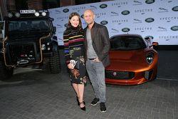 Hannah Herzsprung e Juergen Vogel durante la presentazione dei veicoli Jaguar Land Rover apparsi nel
