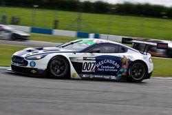 #007 Beechdean AMR Aston Martin Vantage GT3: Andrew Howard, Jonny Adam