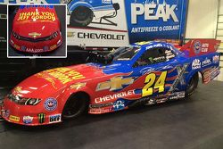 Nuova livrea per John Force, tributo a Jeff Gordon