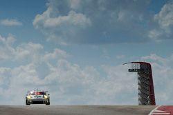保时捷曼泰车队92号保时捷911 RSR赛车:弗雷德里克·马克维斯基、帕特里克·皮雷