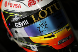 El casco de Romain Grosjean, Lotus F1 Team