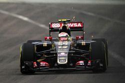 Pastor Maldonado, Lotus F1 E23 manda scintille