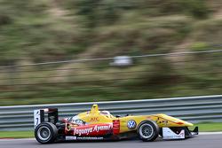 Antonio Giovinazzi, Jagonya Ayam com Carlin Dallara F312 - Volkswagen