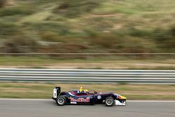 Callum Ilott, Carlin Dallara F312 - Volkswagen