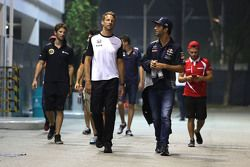 Daniel Ricciardo, Red Bull Racing et Jenson Button, McLaren