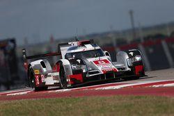 #8 Audi Sport Team Joest Audi R18 e-tron quattro : Lucas di Grassi, Loic Duval, Oliver Jarvis