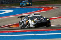 阿布扎比博通车队88号保时捷911 RSR赛车:克里斯蒂安·里德、卡里德·阿尔库巴西、厄尔·班博