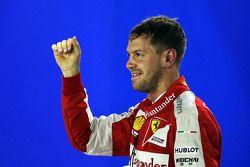 Gandor de la pole: Sebastian Vettel, Ferrari