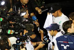 Felipe Massa, Williams e Lewis Hamilton, Mercedes AMG F1 Team, conversam com a imprensa