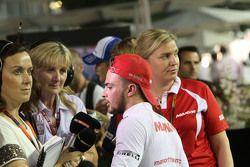Will Stevens, Manor F1 Takımı medya ile birlikte