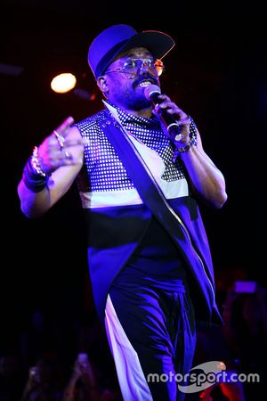 Apl.de.ap, cantante dei Black Eyed Peas, all'Amber Lounge Fashion Show