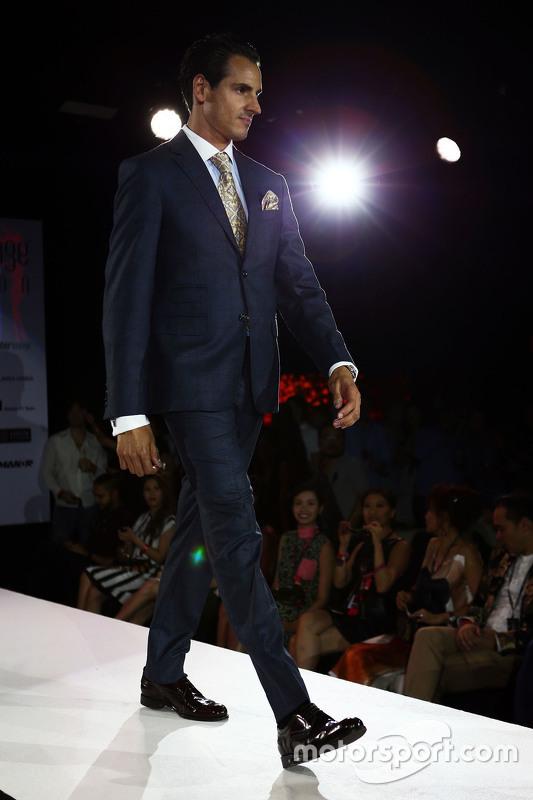 Adrian Sutil, Pilote de réserve Williams à l'Amber Lounge Fashion Show