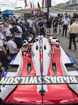Justin Wilson tribute paint scheme on #60 Michael Shank Racing with Curb/Agajanian Ligier JS P2 Honda: John Pew, Oswaldo Negri Jr.