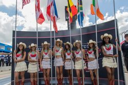 Texas grid girls