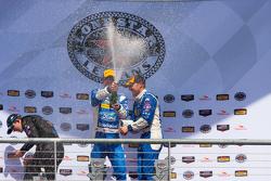 Gesamtsieger, #01 Chip Ganassi Racing Ford/Riley: Scott Pruett, Joey Hand