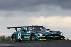#21 Black Falcon Mercedes SLS AMG GT3 : Hubert Haupt, Abdulaziz Al Faisal, Yelmer Buurman