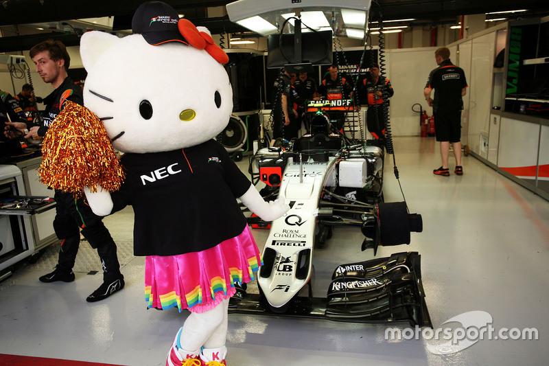 Hello Kitty with the Sahara Force India F1 Team