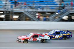 Ryan Reed, Roush Fenway Racing Ford ve Chase Elliott, JR Motorsports Chevrolet