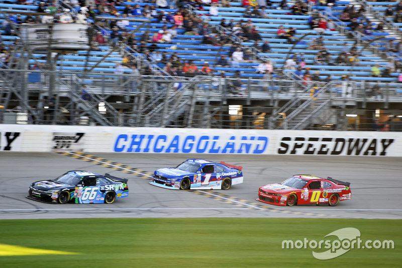 Benny Gordon and Elliott Sadler, Roush Fenway Racing Ford e Michael Self, Chevrolet