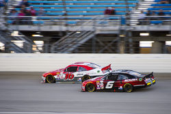 Darrell Wallace Jr., Roush Fenway Racing Ford y Ryan Reed, Roush Fenway Racing Ford