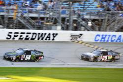 Kyle Busch, Joe Gibbs Racing Toyota and Matt Kenseth, Joe Gibbs Racing Toyota