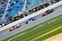 Ryan Reed, Roush Fenway Racing Ford ve Elliott Sadler, Roush Fenway Racing Ford ve Darrell Wallace J