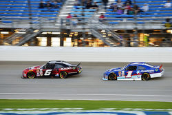 Darrell Wallace Jr., Roush Fenway Racing Ford e Elliott Sadler, Roush Fenway Racing Ford