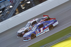 Elliott Sadler, Roush Fenway Racing Ford e Mason Mingus