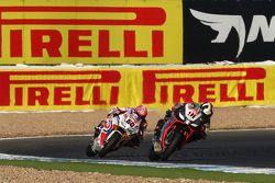 Leon Haslam, Aprilia Racing Team et Michael van der Mark, Pata Honda