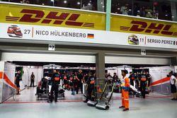 Sahara Force India F1 Team pit