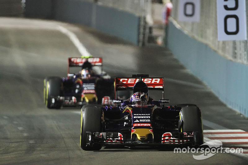 GP de Singapura, 2015: Verstappen não abre para Carlos Sainz