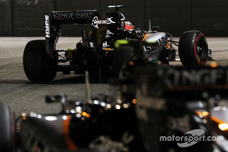 Ніко Хюлкенберг, Sahara Force India F1 VJM08 лідирує  товариш по команді Серхіо Перес, Sahara Force India F1 VJM08