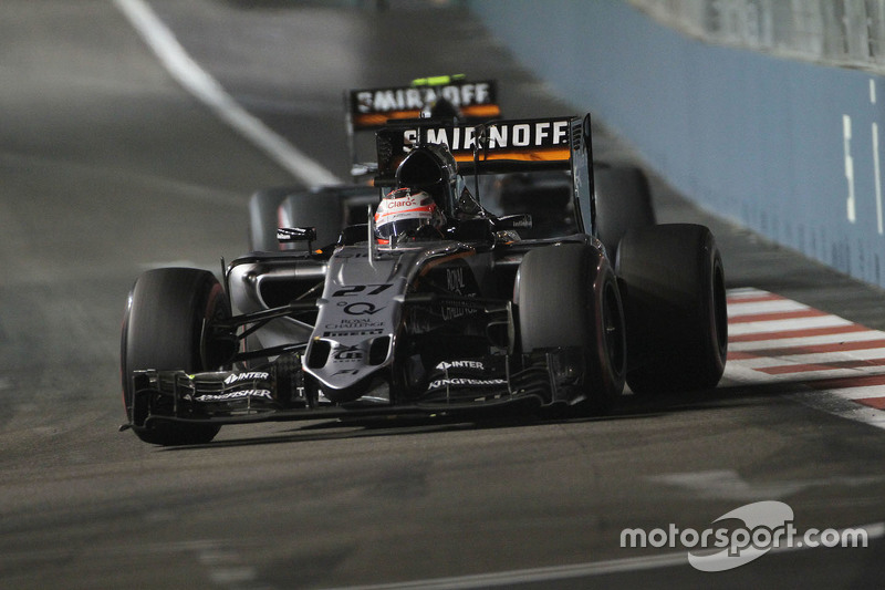 Ніко Хюлкенберг, Sahara Force India F1 VJM08 лідирує товариш по команді Серхіо Перес, Sahara Force
