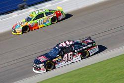 Michael Annett, HScott Motorsports Chevrolet and Kyle Busch, Joe Gibbs Racing Toyota