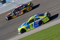 Paul Menard, Richard Childress Racing Chevrolet and Jeb Burton, BK Racing Toyota