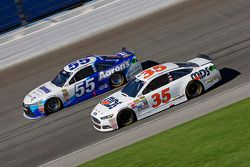Cole Whitt, Front Row Motorsports Ford and David Ragan, Michael Waltrip Racing Toyota