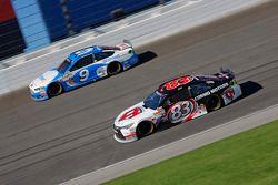 Matt Dibenedetto, BK Racing Toyota and Sam Hornish Jr., Richard Petty Motorsports Ford