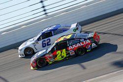 Jeff Gordon, Hendrick Motorsports Chevrolet, und Timmy Hill